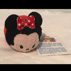 NWT-Disney Minnie Mouse Tsum Tsum Mini Plush
